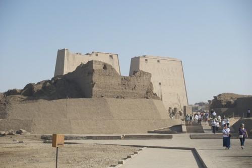 Arrivée sur le site du temple d'Horus @ Edfu, Egypte (2009)